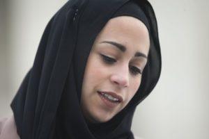 AQSh Oliy sudi ro'molli musulmon ayolni ishga olmaslikni diskriminatsiya deb topdi
